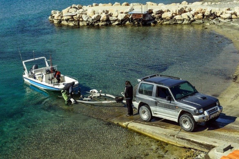Trasportare la tua barca: quale rimorchio scegliere?