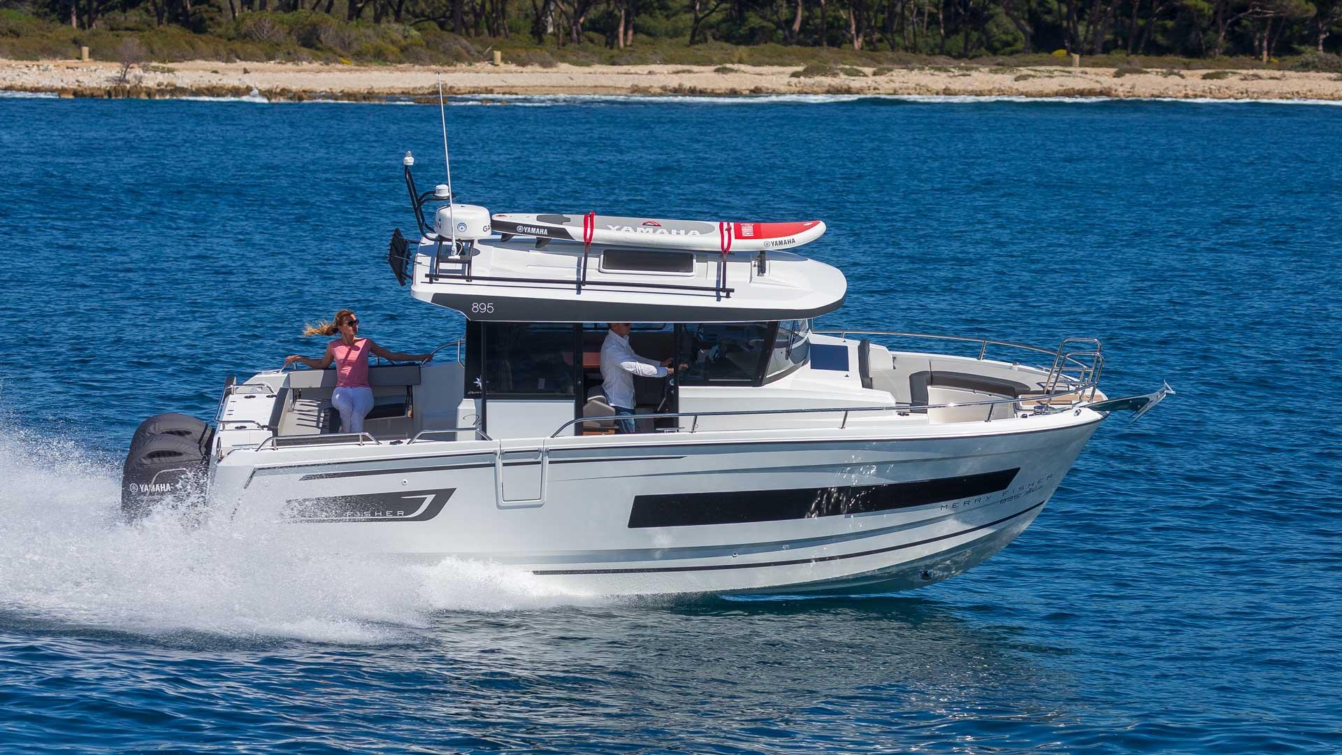 Merry Fisher 895 Marlin en mer