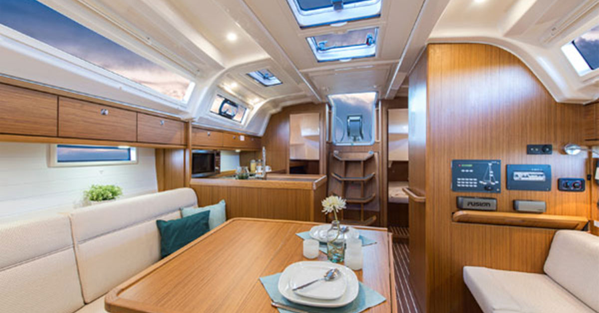interior of the Bavaria 37 Cruiser